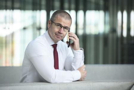 Frank Junge am Telefon